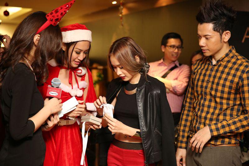Cherrie Mun giveaway